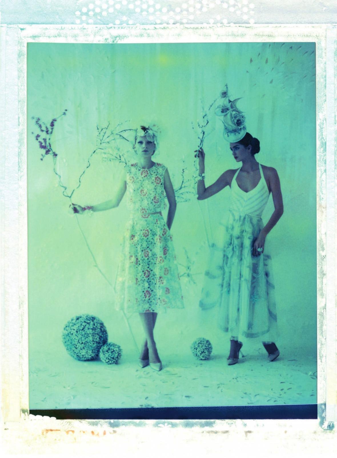 ella-kandyba-maria-loks-for-uk-harpers-bazaar-may-2013-4