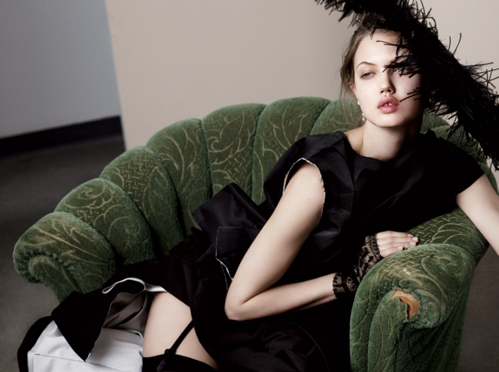 Photo LINDSEY WIXSON FOR DOCUMENT JOURNAL NO.2