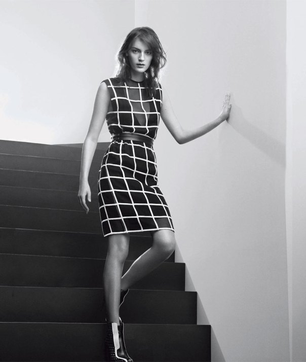 Photo SPORTMAX SPRING/SUMMER 2013 AD CAMPAIGN