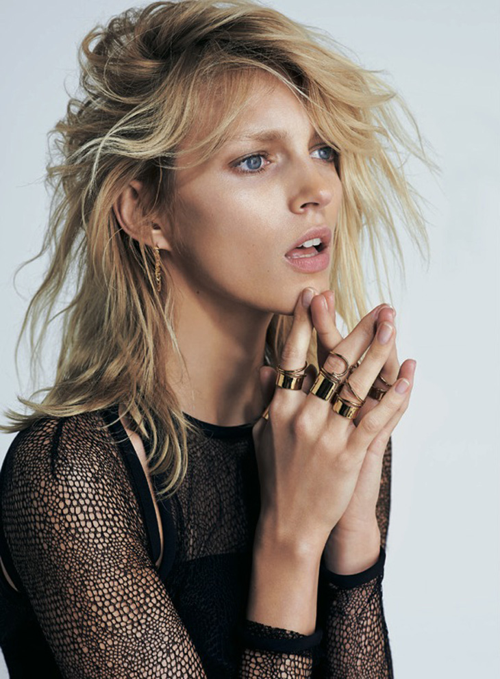 Photo ANJA RUBIK FOR S MODA APRIL 2013