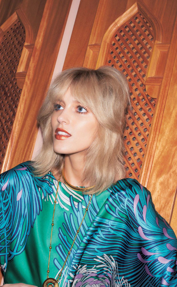 anja-rubik-for-vogue-japan-june-2013-6