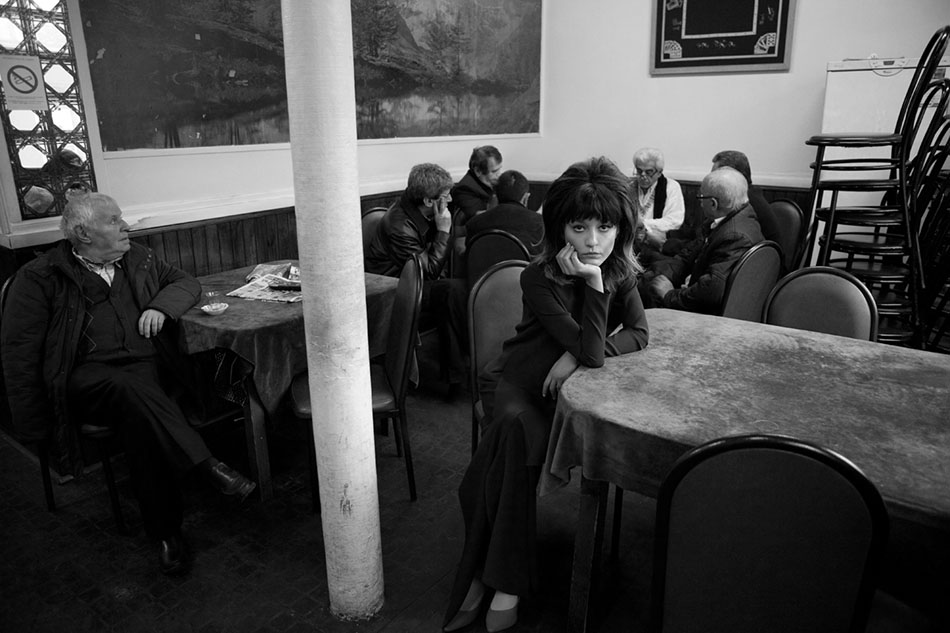irina-lazareanu-for-odda-may-2013-by-baldovino-barani-8