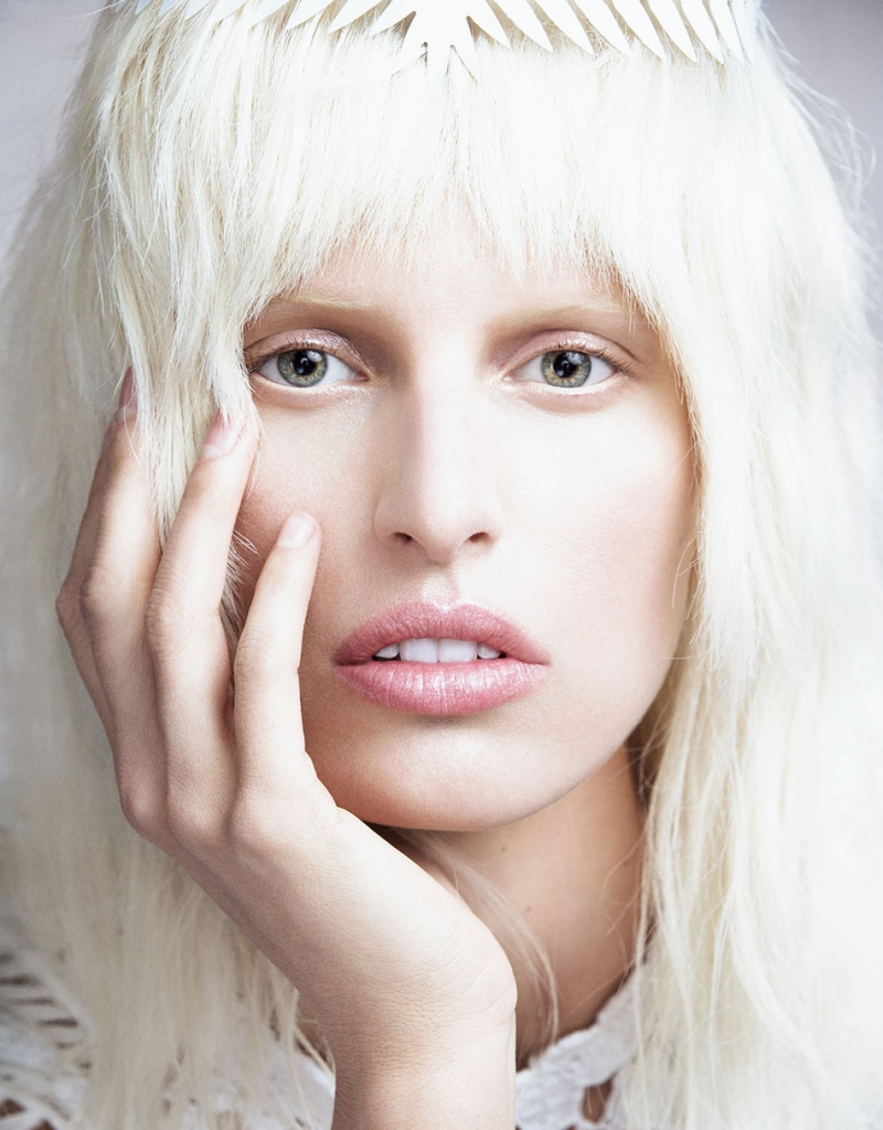 Photo KAROLINA KURKOVA BY NINO MUNOZ FOR NUMERO TOKYO NO.67 JUNE 2013