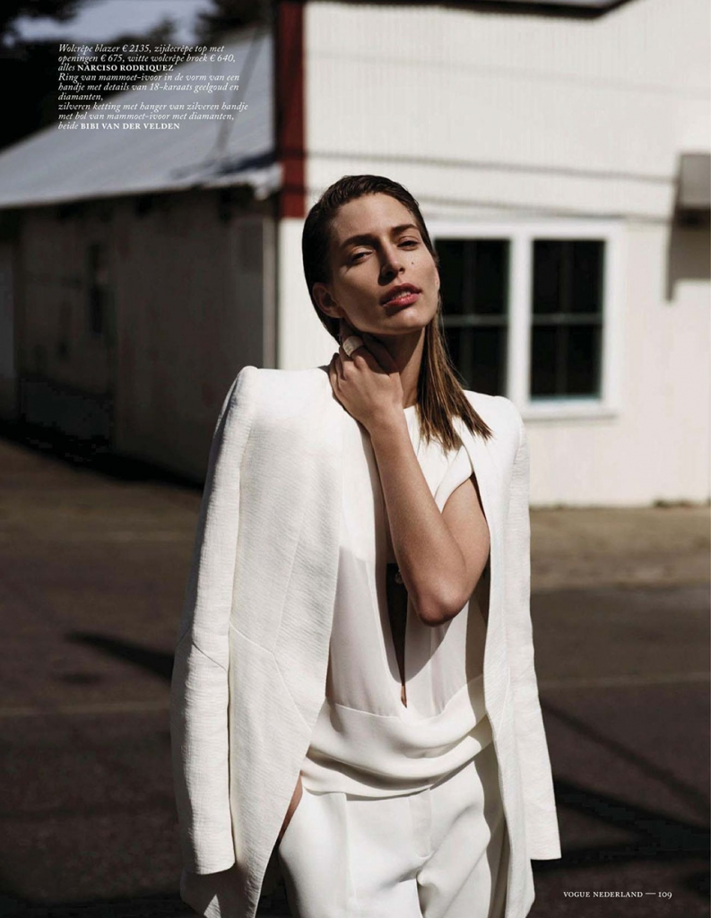 linda-jeuring-by-annemarieke-van-drimmelen-for-vogue-netherlands-june-2013-6