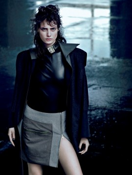 thairine-garcia-for-harpers-bazaar-brazil-april-2013-1