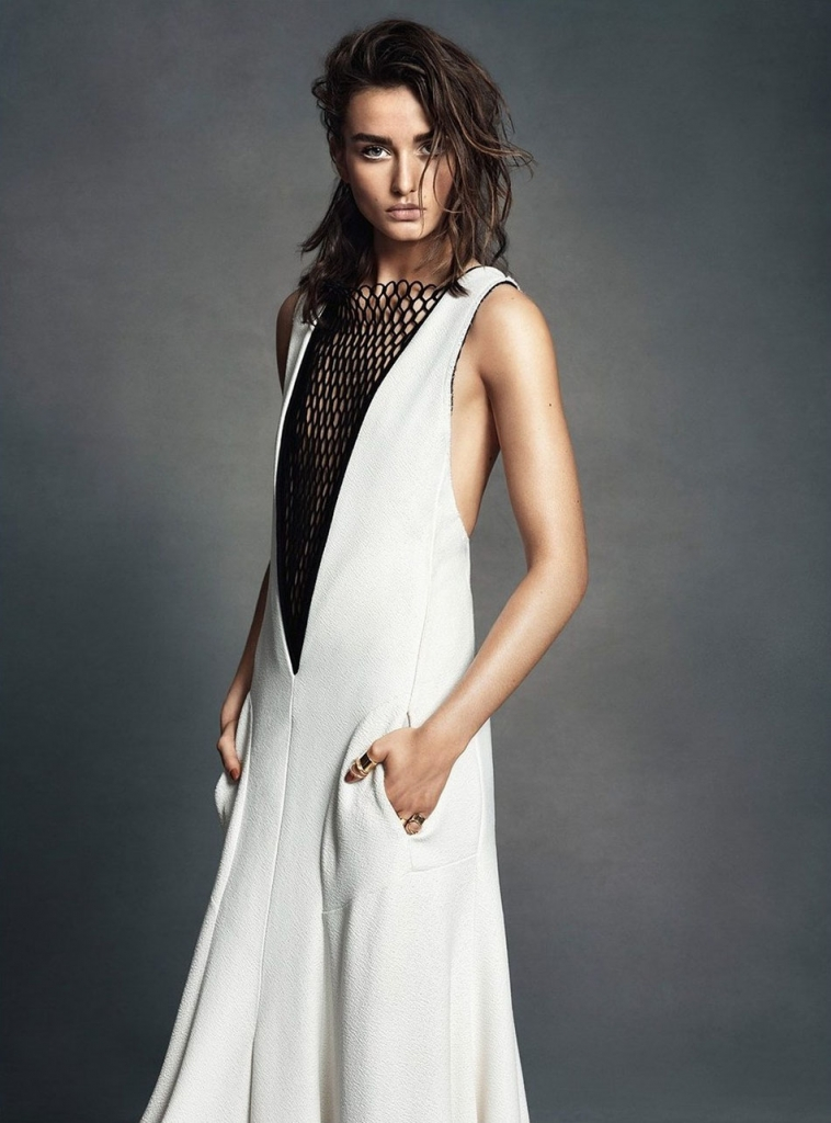 andreea-diaconu-by-lachlan-bailey-for-w-magazine-june-july-2013-3
