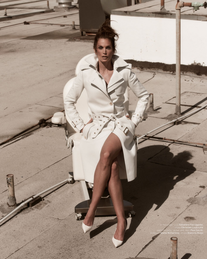 Photo CINDY CRAWFORD BY MARIANO VIVANCO FOR MUSE MAGAZINE NO.34 SUMMER 2013