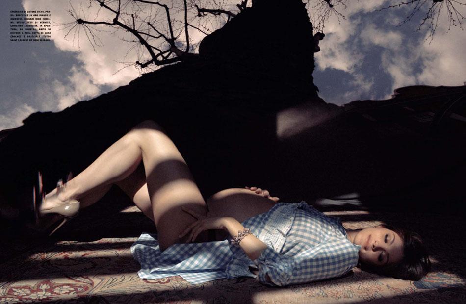 Photo ELISA SEDNAOUI BY STEPHANE SEDNAOUI FOR VOGUE ITALIA JUNE 2013