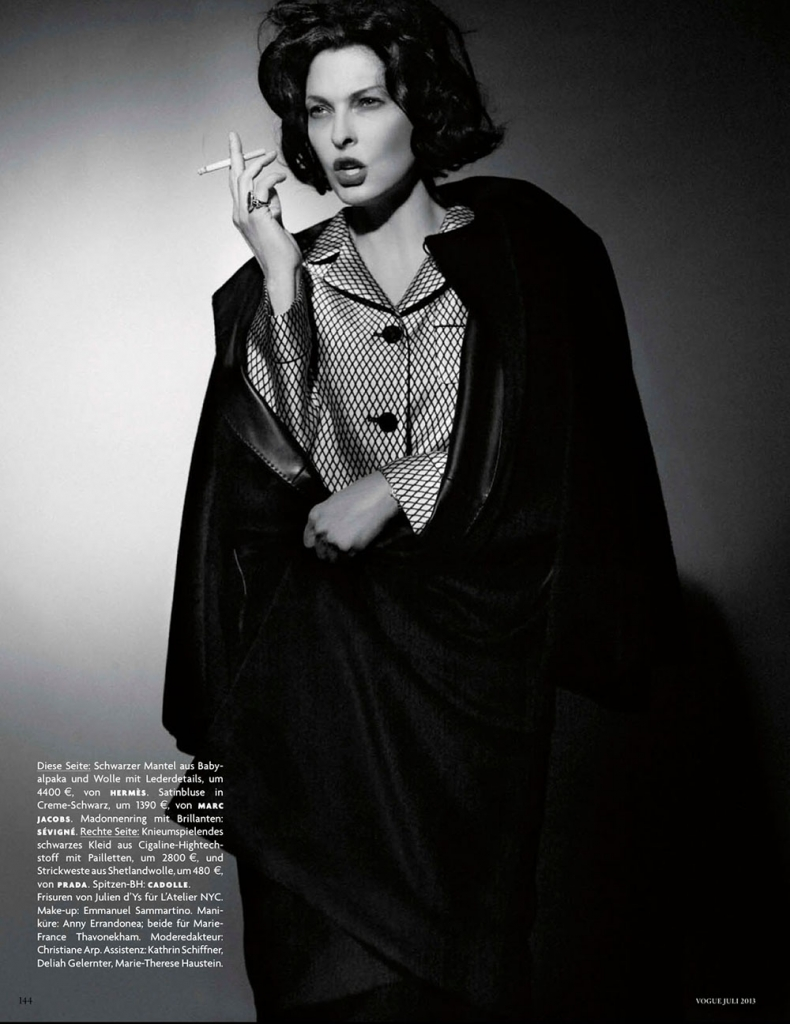 linda-evangelista-by-karl-lagerfeld-for-vogue-germany-july-2013-7