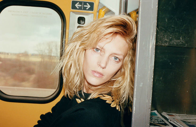 anja-rubik-by-juergen-teller-for-system-magazine-issue-1-1