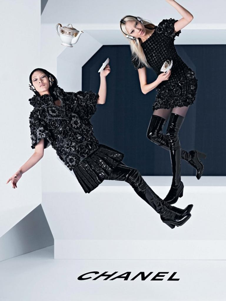Photo Ashleigh Good, Soo Joo & Chiharu Okunugi for Chanel Fall/Winter 2013/2014 Campaign by Karl Lagerfeld