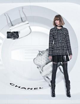 ashleigh-good-soo-joo-chiharu-okunugi-for-chanel-fall-winter-2013-2014-campaign-by-karl-lagerfeld-4
