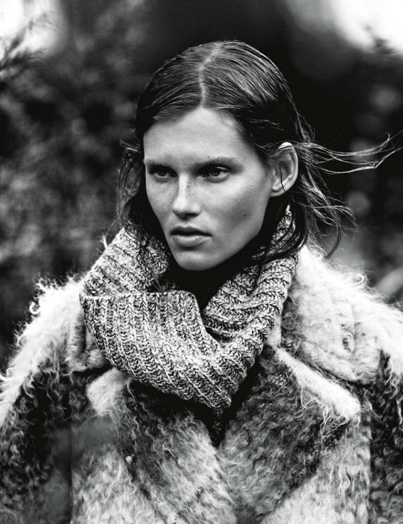 giedre-dukauskaite-for-amica-august-2013-by-emma-tempest-8
