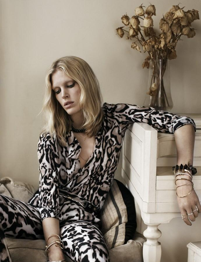 iselin-steiro-by-josh-olins-for-vogue-uk-august-2013-2