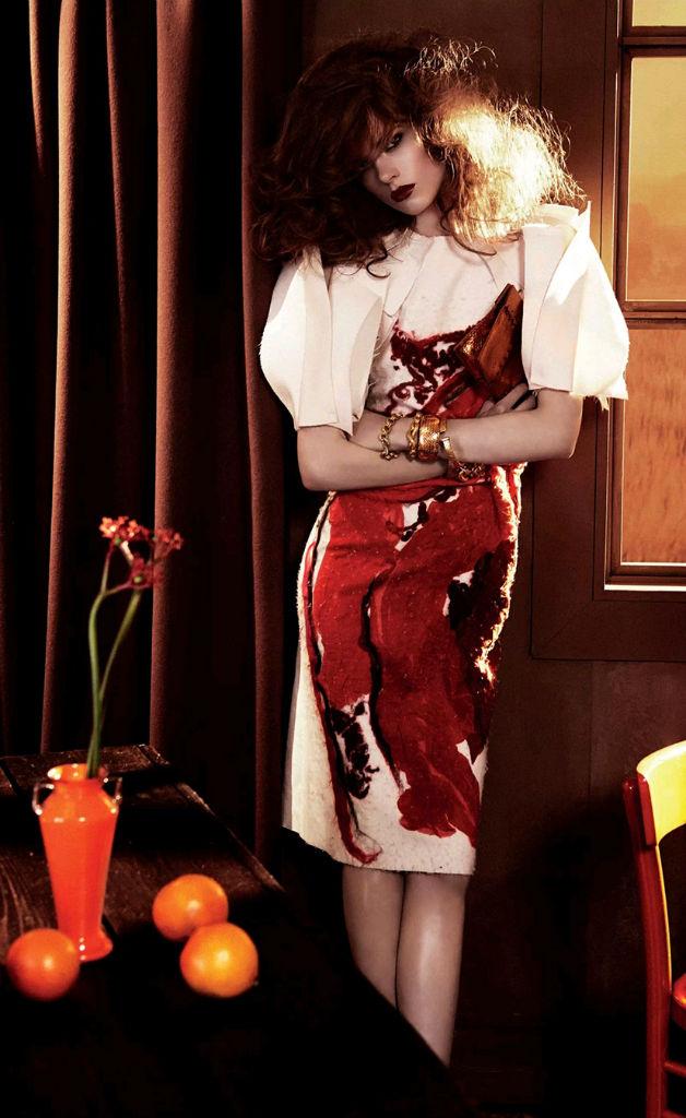 Photo Lindsey Wixson & Caroline Brasch Nielsen for Vogue Japan September 2013 by Giampaolo Sgura