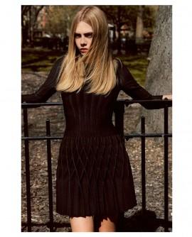 cara-delevingne-by-alasdair-mclellan-for-industrie-magazine-no-6-14