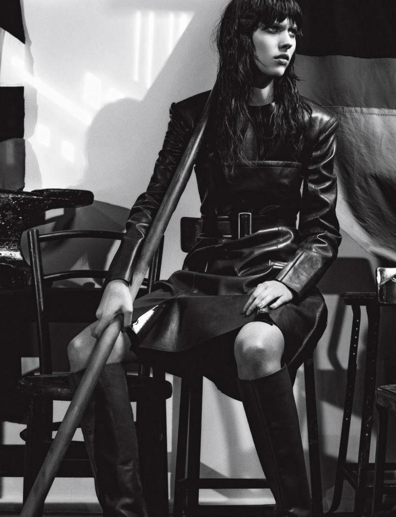 juliana-schurig-for-10-magazine-autumn-2013-by-gregory-harris-1