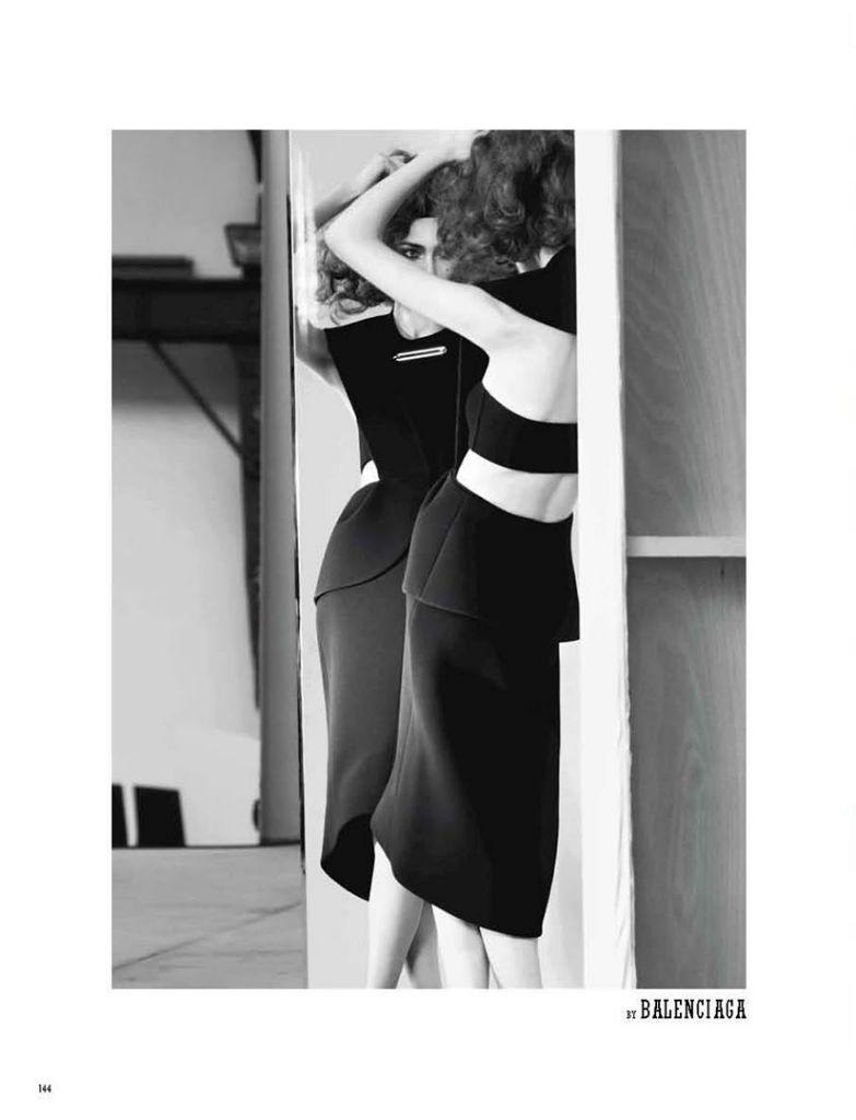 Photo Nastya Kusakina & Marine Deleeuw by Benjamin Lennox for 10 Men Autumn 2013
