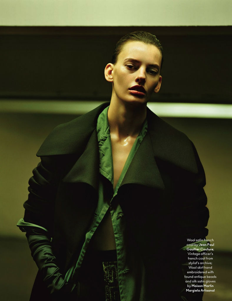 amanda-murphy-for-another-magazine-autumnwinter-2013-11