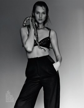 anais-pouliot-by-jeff-hahn-for-tush-magazine-fall-2013-4-2