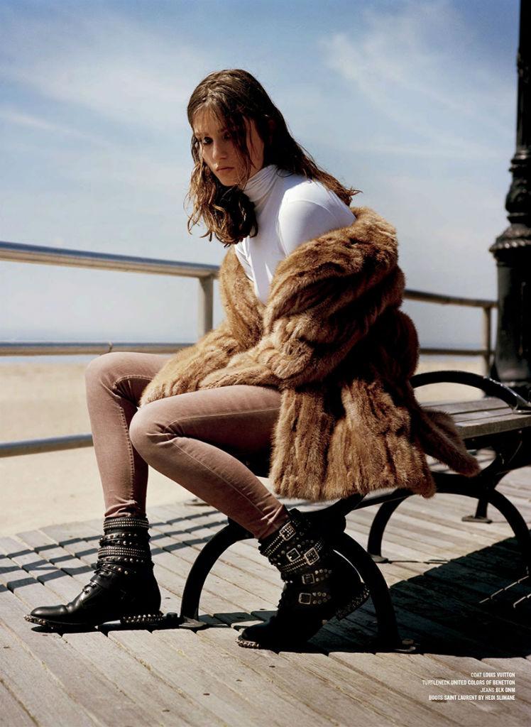 andreea-diaconu-by-alasdair-mclellan-for-v-magazine-fall-2013-4
