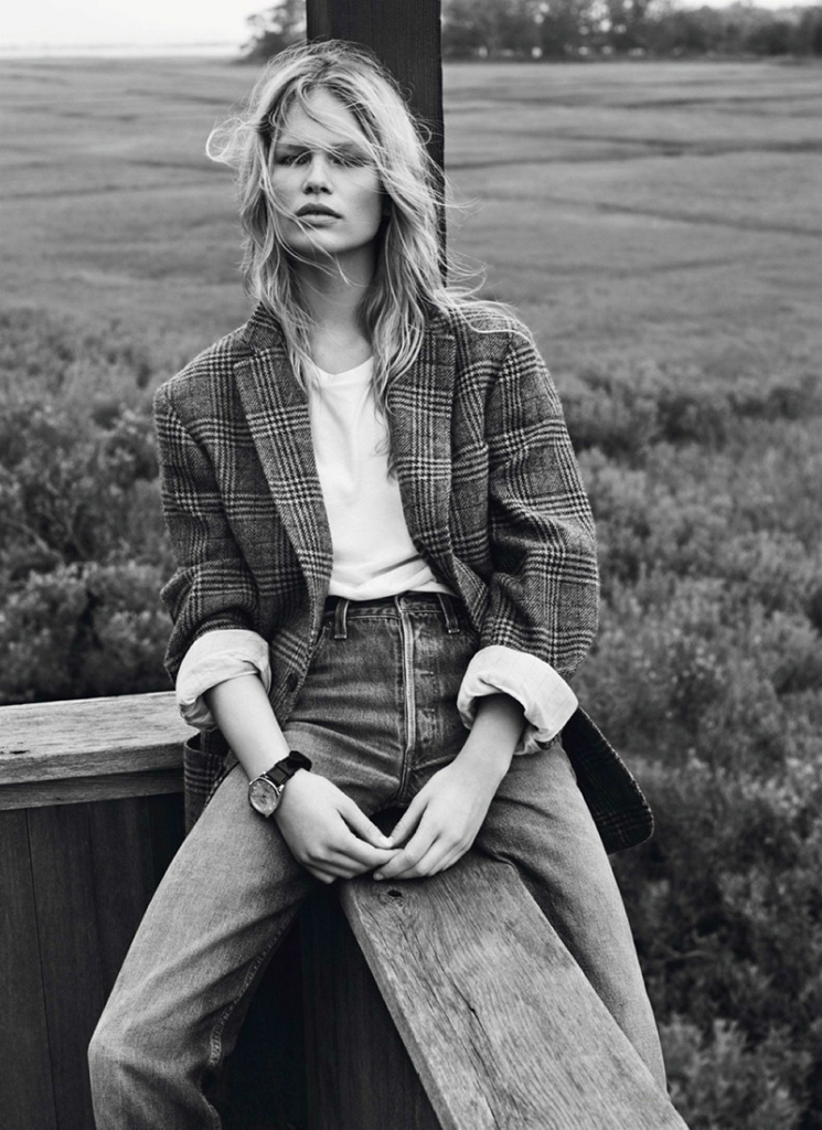 Photo Anna Ewers by Josh Olins for Vogue Paris October 2013