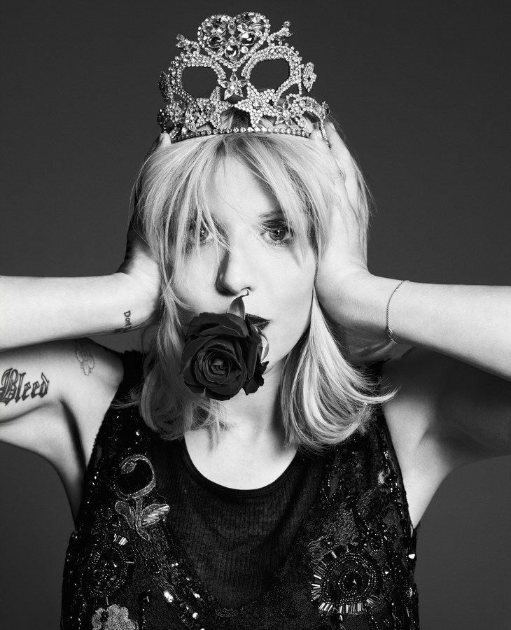 Photo Courtney Love by Paola Kudacki for Garage Magazine Issue 5