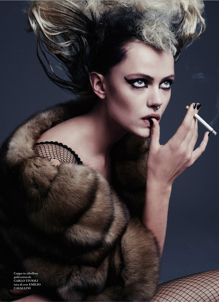 Photo Frida Gustavsson by Steven Pan for Flair Magazine Issue 6