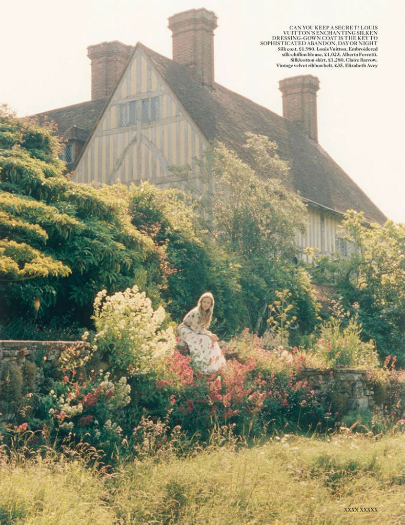 georgia-may-jagger-for-vogue-uk-october-2013-4