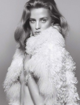 julia-frauche-by-benjamin-lennox-for-numero-september-11