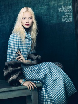 juliana-schurig-sasha-luss-ondria-hardin-for-vogue-china-october-2013-5