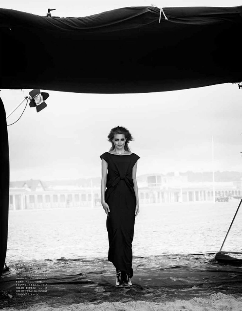 Photo Lindsey Wixson for Vogue Japan October 2013 by Peter Lindbergh