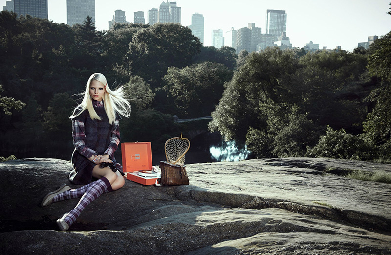 sasha-luss-max-vadukul-vogue-china-october-2013-6