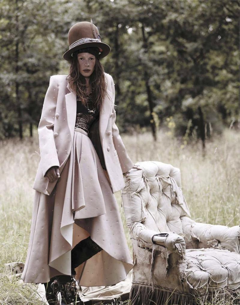 julia-zimmer-robert-bellamy-jalouse-october-2013-14