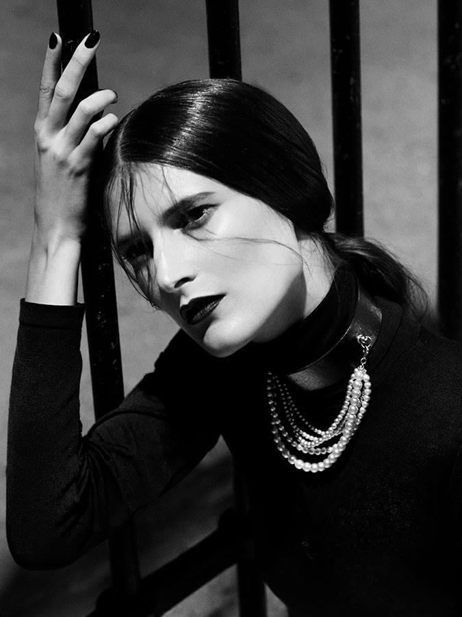 marie-piovesan-victor-demarchelier-magazine-antidote-fall-winter-2013-5