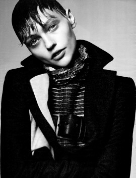 sasha-pivovarova-by-craig-mcdean-for-interview-magazine-october-2013-2