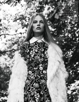 suvi-koponen-for-vogue-uk-november-2013-by-willy-vanderperre-3