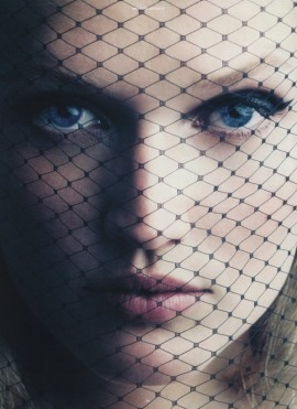 toni-garrn-antidote-magazine-fall-winter-13-1