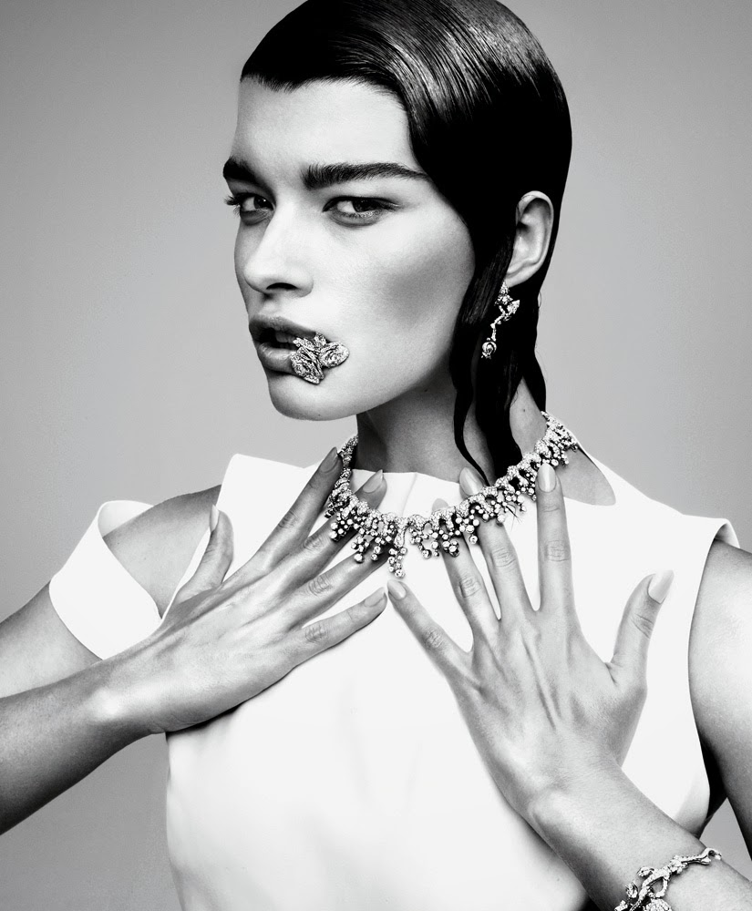 photo Crystal Renn