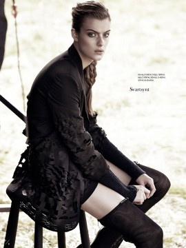 lone-praesto-for-elle-sweden-november-2013-6