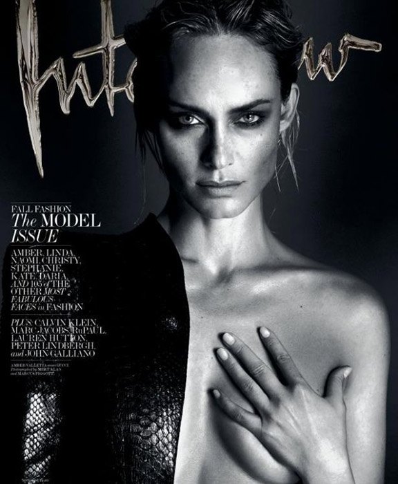 Photo of Amber Valletta
