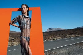 christy-turlington-missoni-2014-campaign-10