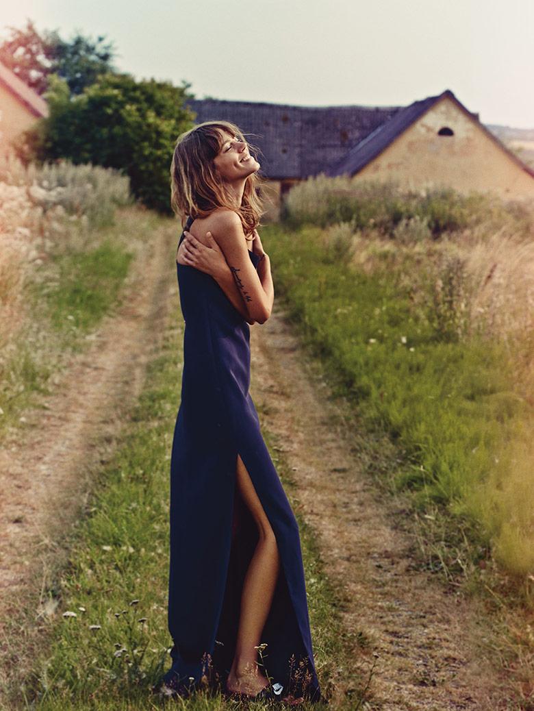 Photo Freja Beha Erichsen by Cass Bird for Vogue UK January 2014
