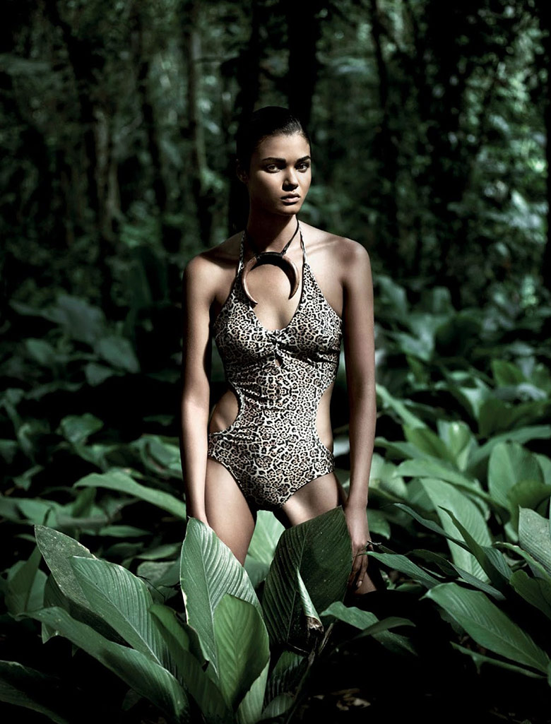 Photo Daniela Braga by Bob Wolfenson for Harpers Bazaar Brasil January 2014