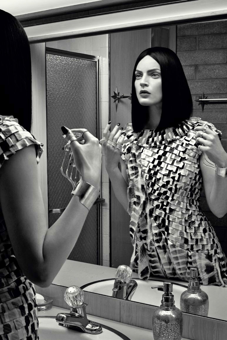 Photo Guinevere Van Seenus by Emma Summerton for Vogue Italia February 2014