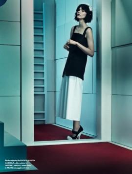 irina-nikolaeva-wonderland-magazine-2014-2