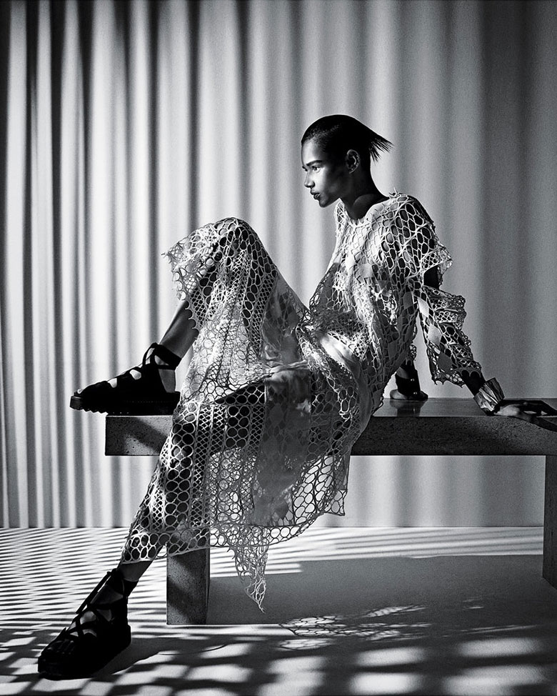Photo Leona Binx Walton by Mario Sorrenti for T Style Spring 2014