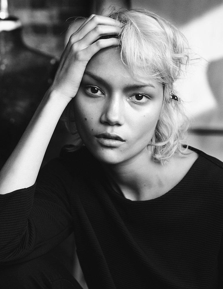 Charlotte Carey by Benjamin Vnuk for Vogue UK April 2014