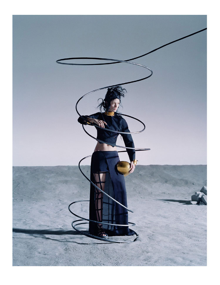 Photo Mariacarla Boscono by Tim Walker for Vogue Italia March 2014