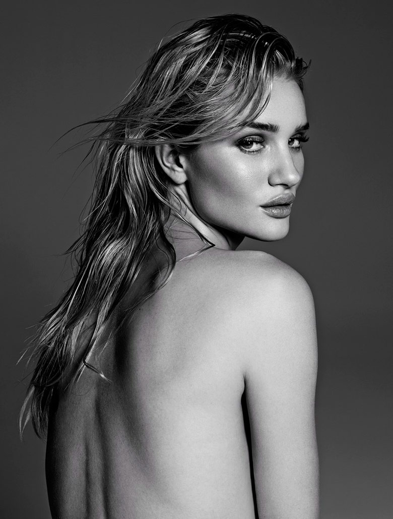 Photo Rosie Huntington Whiteley by Paola Kudacki for Vamp Issue 1
